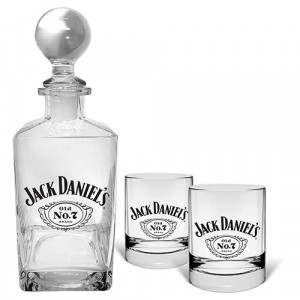JACK DANIEL'S DECANTER & 2 SPIRIT GLASSES